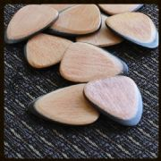 Tri Tones - Beechwood - 1 Guitar Pick | Timber Tones
